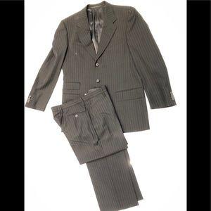 Men's Gucci suit